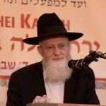Harav-Asher-Arielli,-Rosh-Yeshivas-Mir-Yerusholayim-delivering-the-shiur-on-the-topic-of-aseh-docheh-lo-saseh