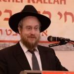 Harav-Nisan-Kaplan,-RM-Yeshivas-Mir-Yerusholayim-giving-a-lebedige-Halacha-Shiur