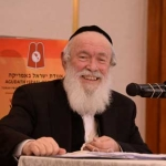 Harav-Yitzchok-Zilberstein,-Rav-Ramat-Elchonon-while-giving-shiur-at-the-16th-Agudas-Yisroel-Yerusholayim-Yarchei-Kallah